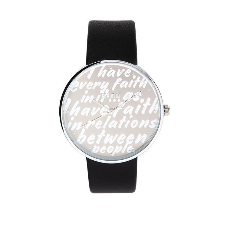 シンプルなKLONの腕時計